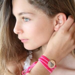 medalla-virgen-de-rocio-en-rosa