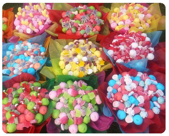 Detalles de gominolas para comuni n imagui for Fotos de mesas de chuches para bodas