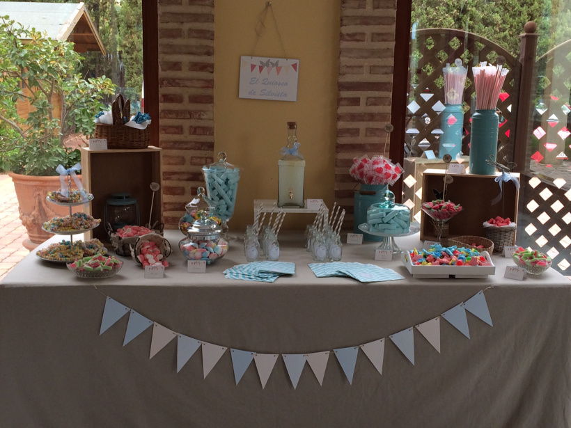 En_una_nube_decoracion_Eventos_Mesa_Catering_Comunion