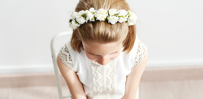 Corona diadema flores blancas Comuniones