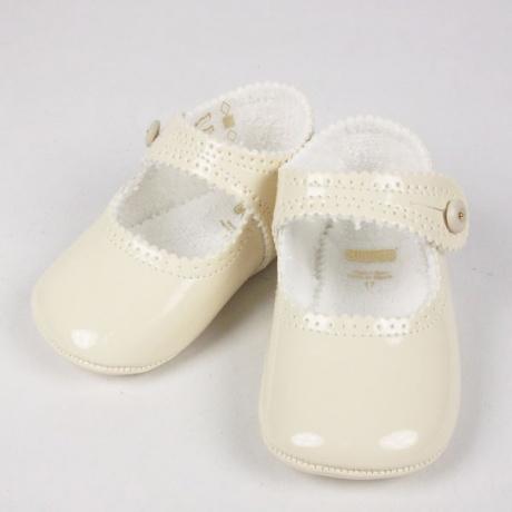 Zapatos charol crema bebés Bautizos El Recién Nacido