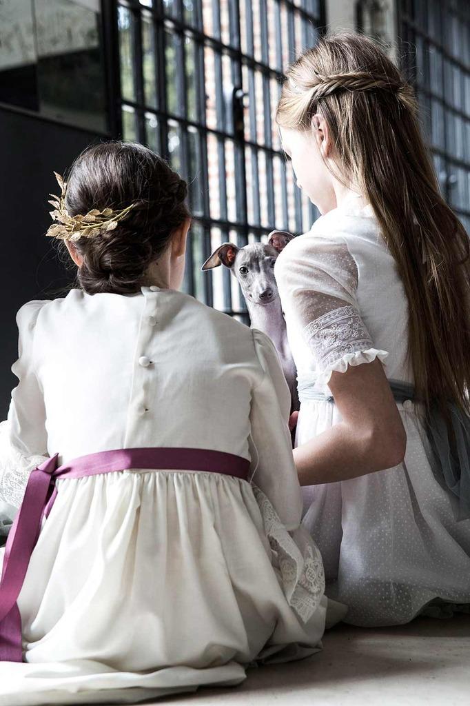 Peinado con tocado de limonae para niñas